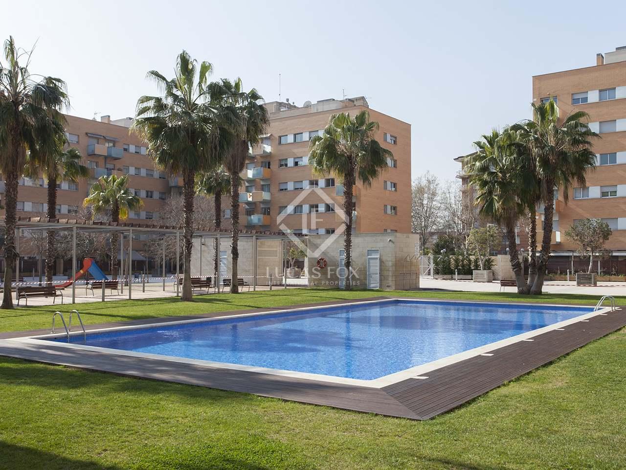 Piso de 65m en alquiler en vila ol mpica barcelona for Piscina olimpica barcelona