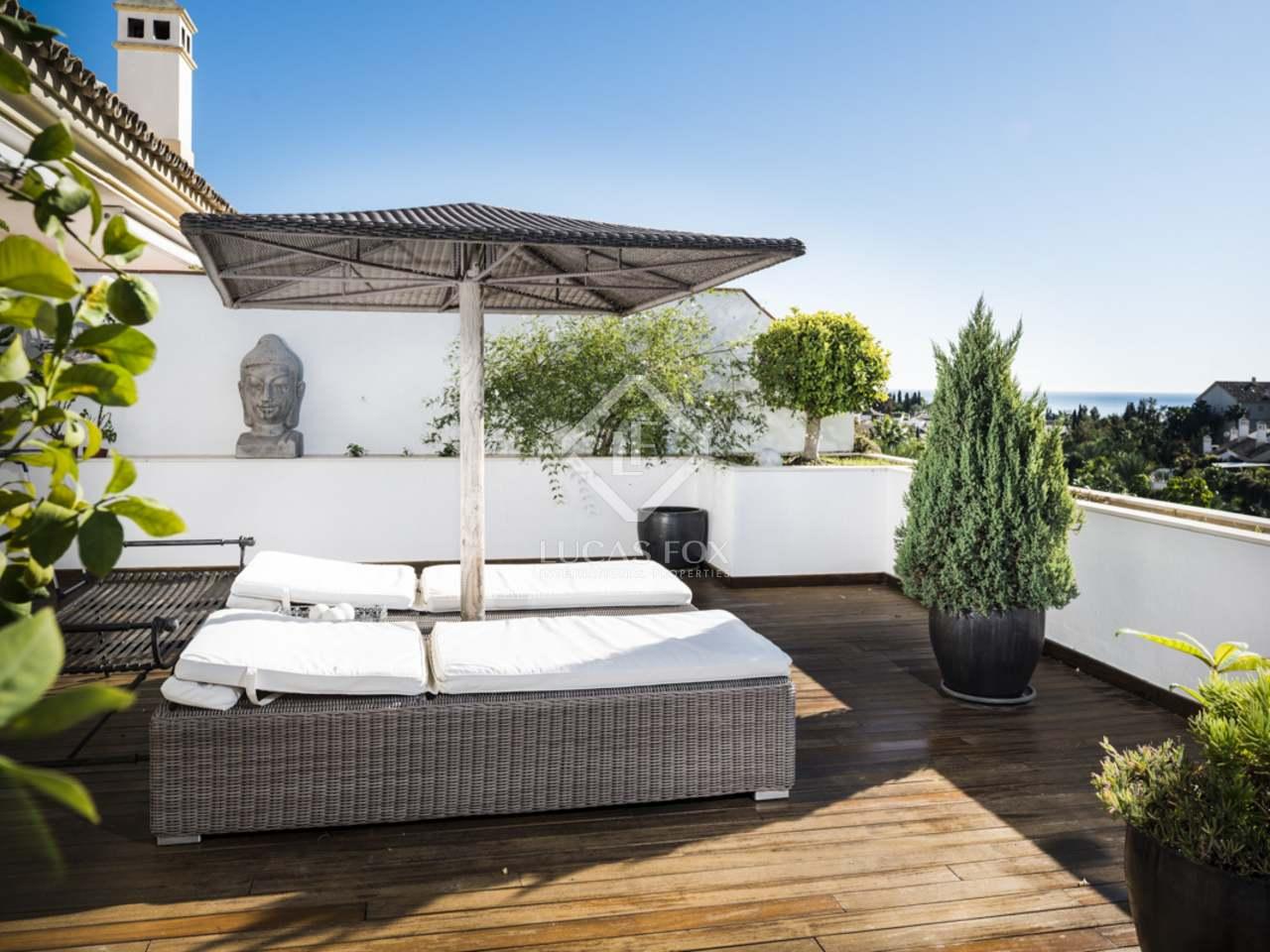 405m dachwohnung mit 182m terrasse zum verkauf in. Black Bedroom Furniture Sets. Home Design Ideas