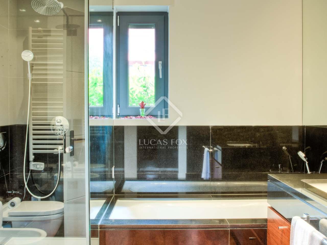 184m wohnung mit 150m garten zum verkauf in cascais und. Black Bedroom Furniture Sets. Home Design Ideas