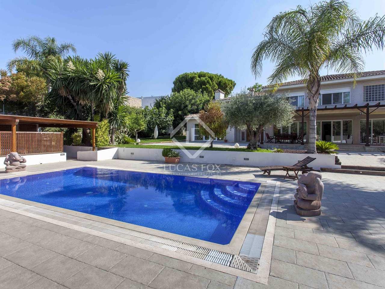 Casa independiente 443 m con piscina en venta en godella for Piscina de godella