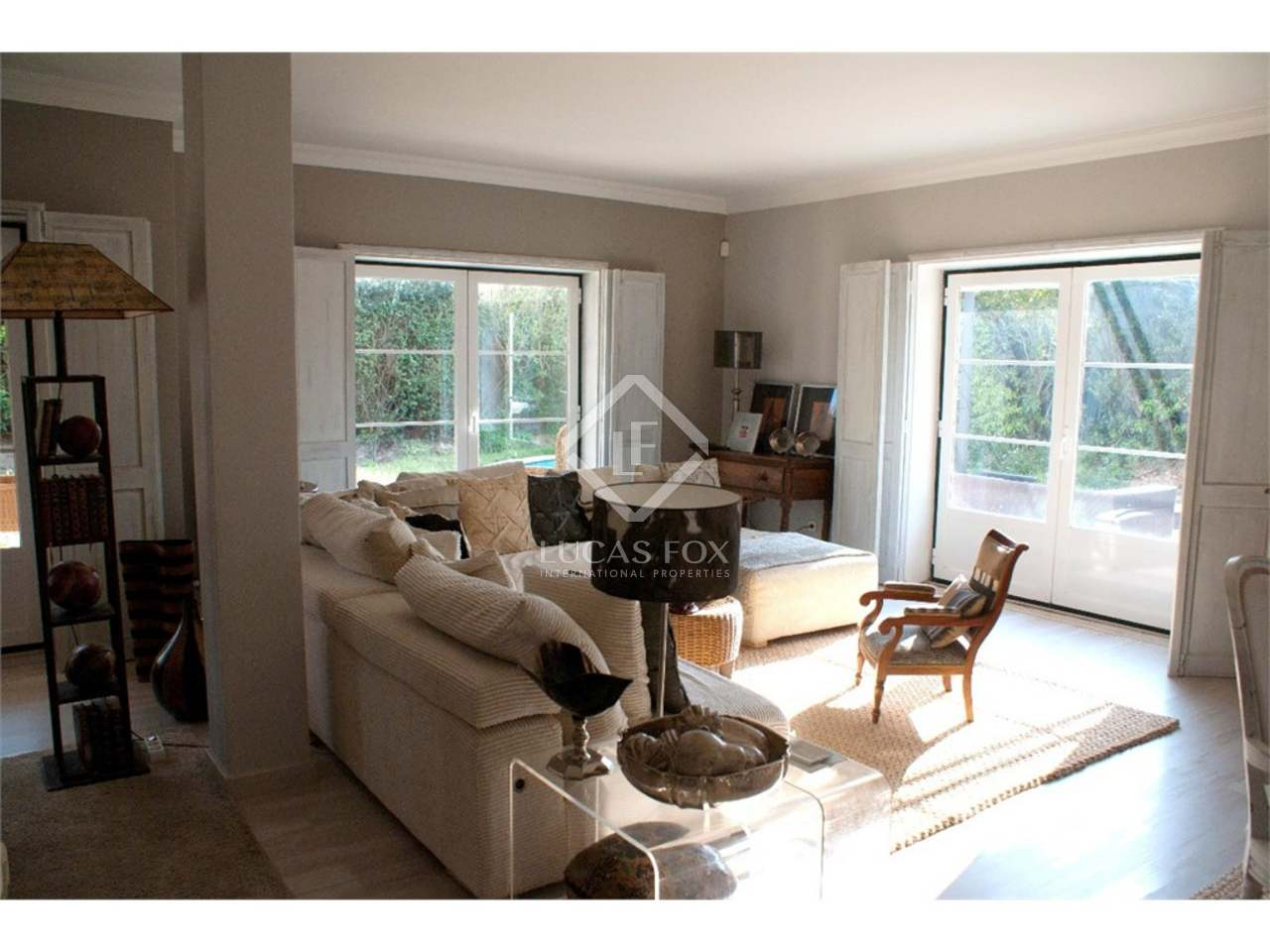 400m haus villa zum verkauf in cascais und estoril. Black Bedroom Furniture Sets. Home Design Ideas
