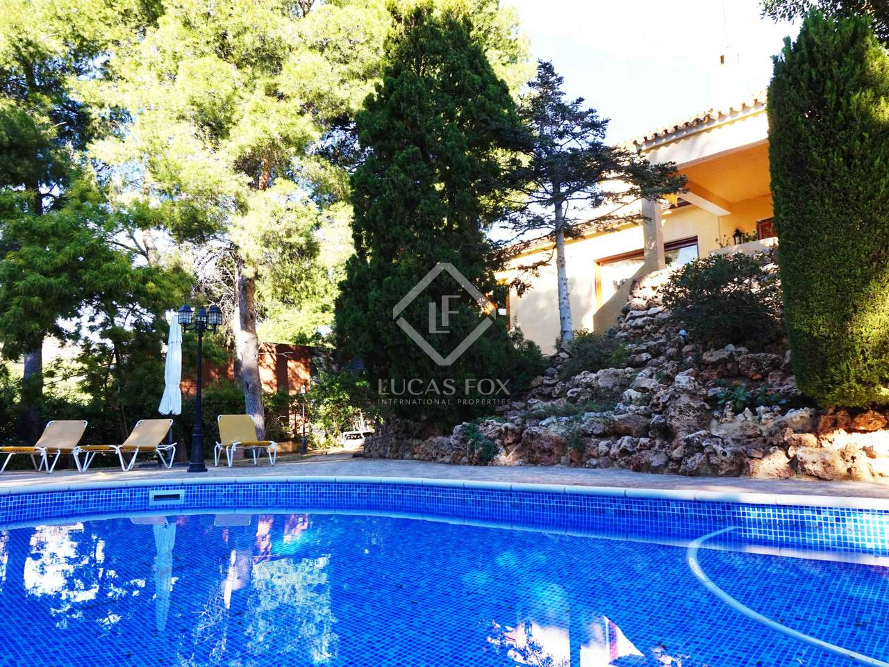 Maison villa de 416m a vendre puzol avec 300m de jardin for Jardin anglais caracteristiques
