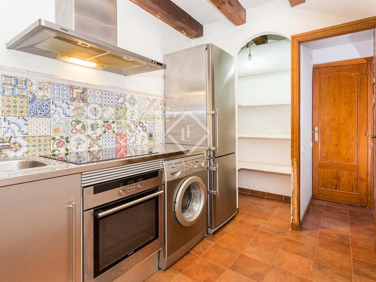 2 bedroom apartment in an excellent central location for 10180 old well terrace