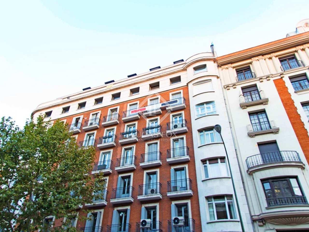 Apartamento en venta en recoletos en el centro de madrid - Compro piso en madrid zona centro ...