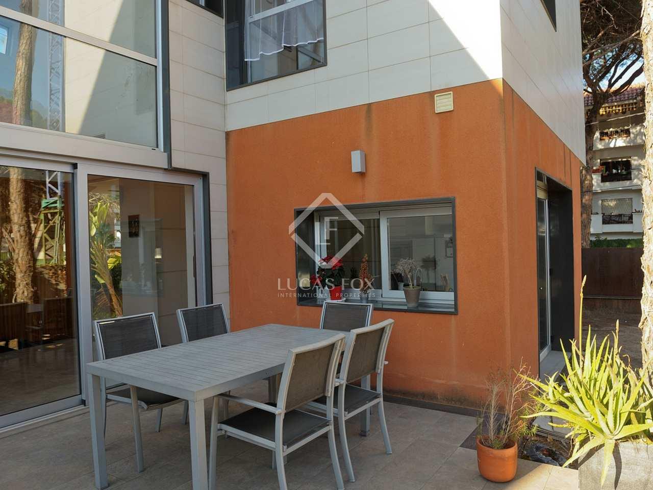 maison villa de 396m a vendre castelldefels barcelone. Black Bedroom Furniture Sets. Home Design Ideas