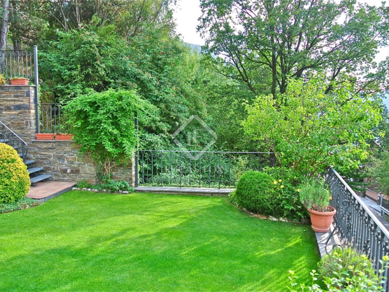 Maison villa de 600m a vendre andorra la vella avec for Jardin anglais caracteristiques