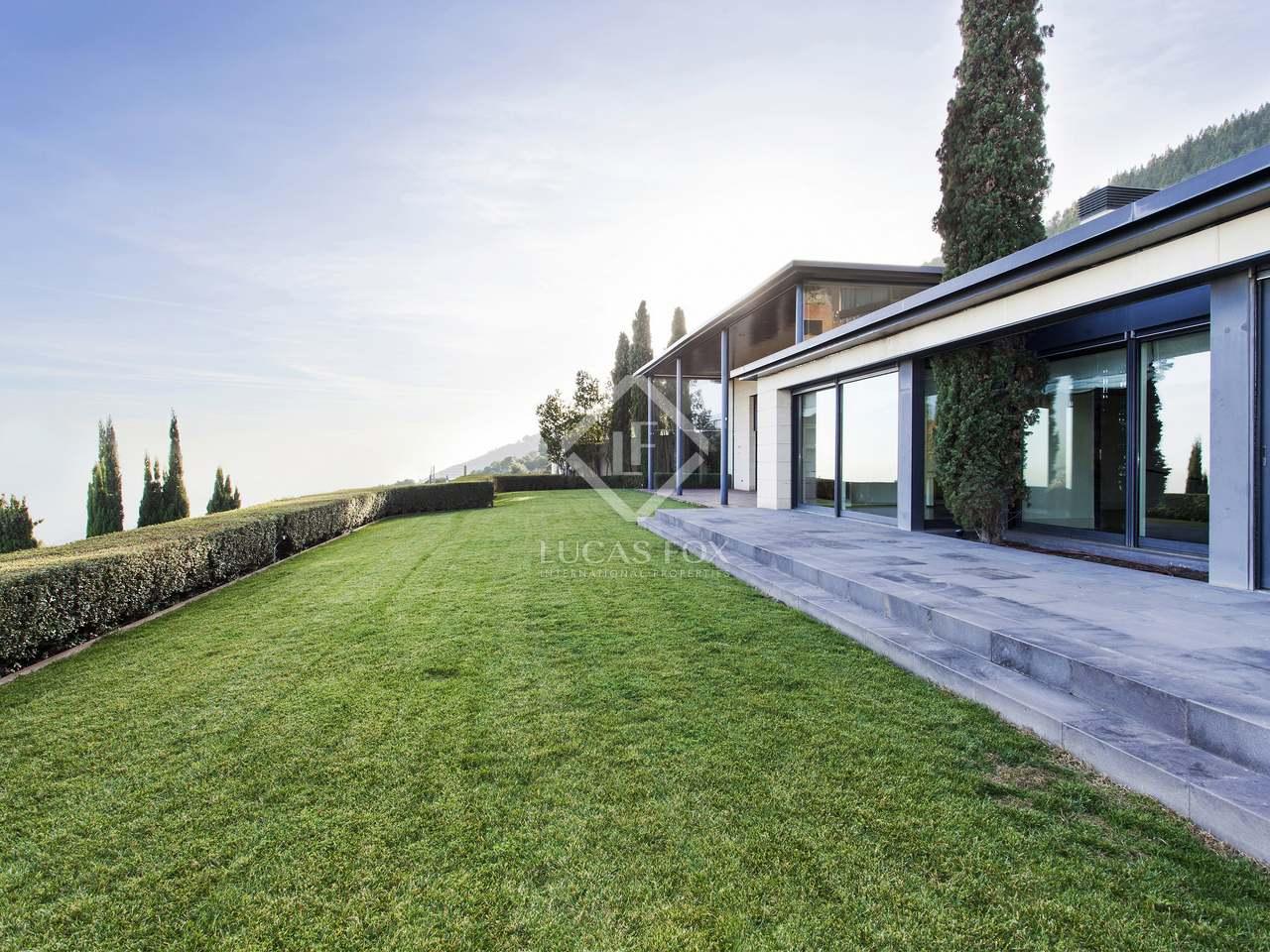 maison villa de 669m a vendre sarri barcelone. Black Bedroom Furniture Sets. Home Design Ideas