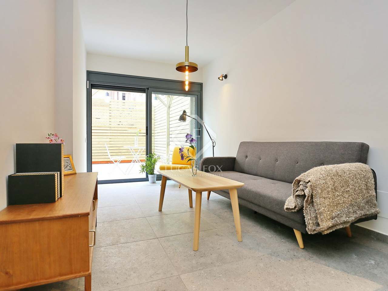 60 M Apartment With 30 M Terrace For Sale In Poble Sec # Muebles Poble Sec
