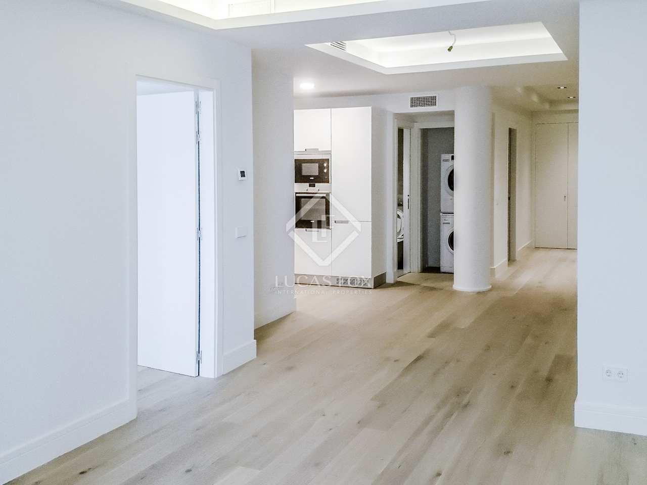 140m wohnung zum verkauf in recoletos madrid. Black Bedroom Furniture Sets. Home Design Ideas
