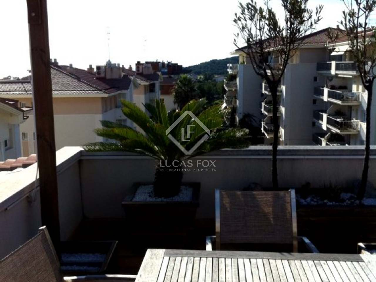 Duplex penthouse apartment for sale in sitges for Penthouse apartment for sale