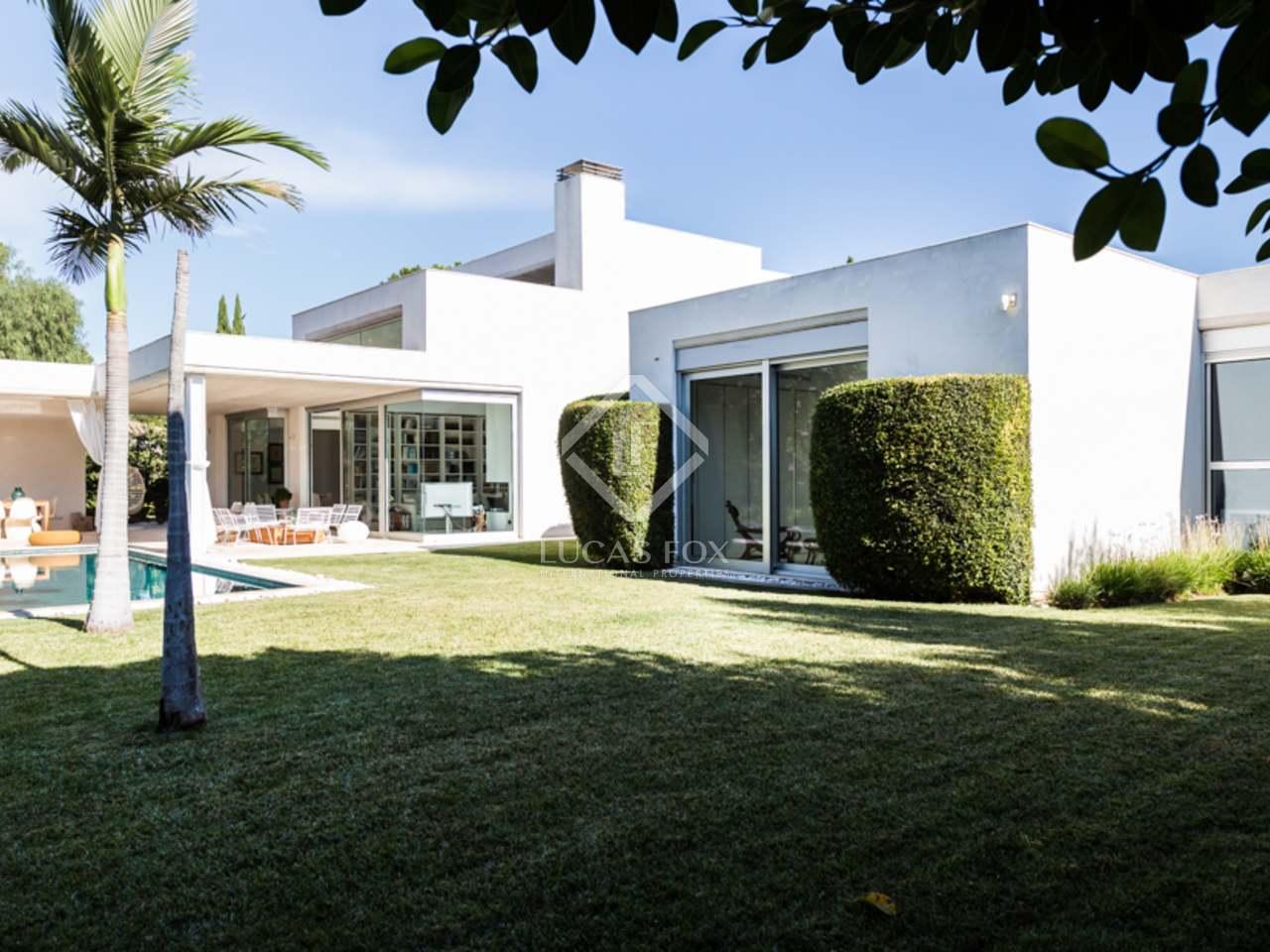 villa de luxe en vente santa b rbara valence. Black Bedroom Furniture Sets. Home Design Ideas
