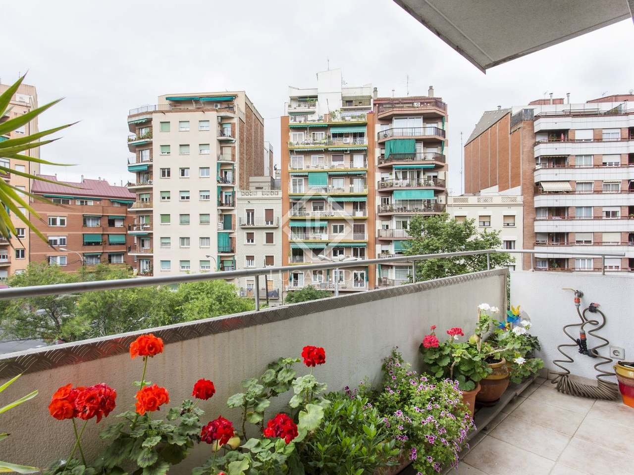 Appartement de 75m a vendre gr cia barcelone for Appartement barcelone piscine