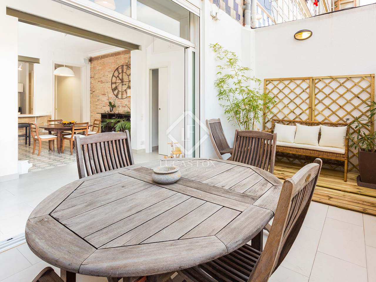 Appartement de 115m a vendre eixample gauche avec 11m for Appartement avec piscine barcelone