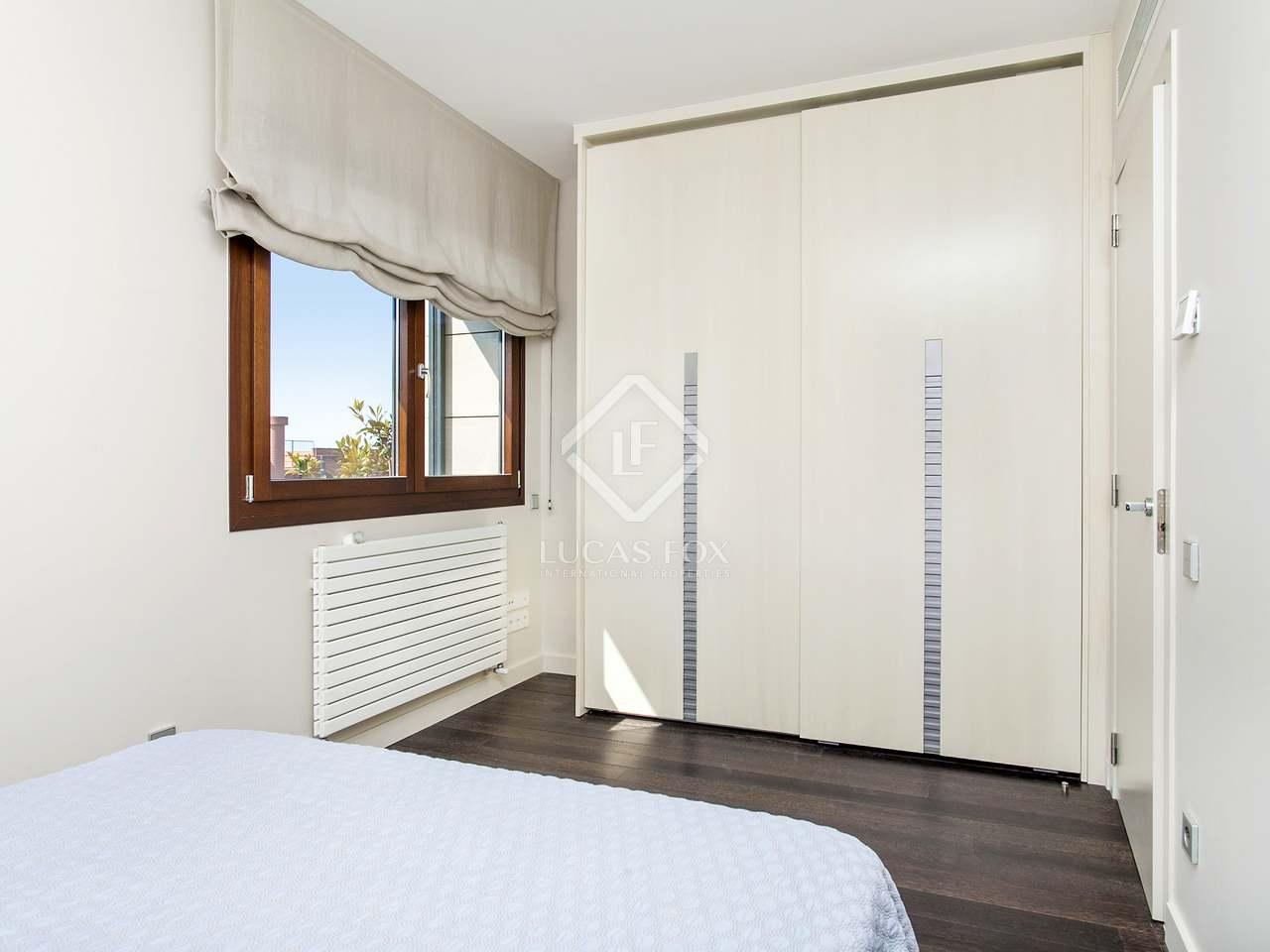 Casa de 5 dormitorios en alquiler en sarri bonanova for Casa con jardin alquiler barcelona
