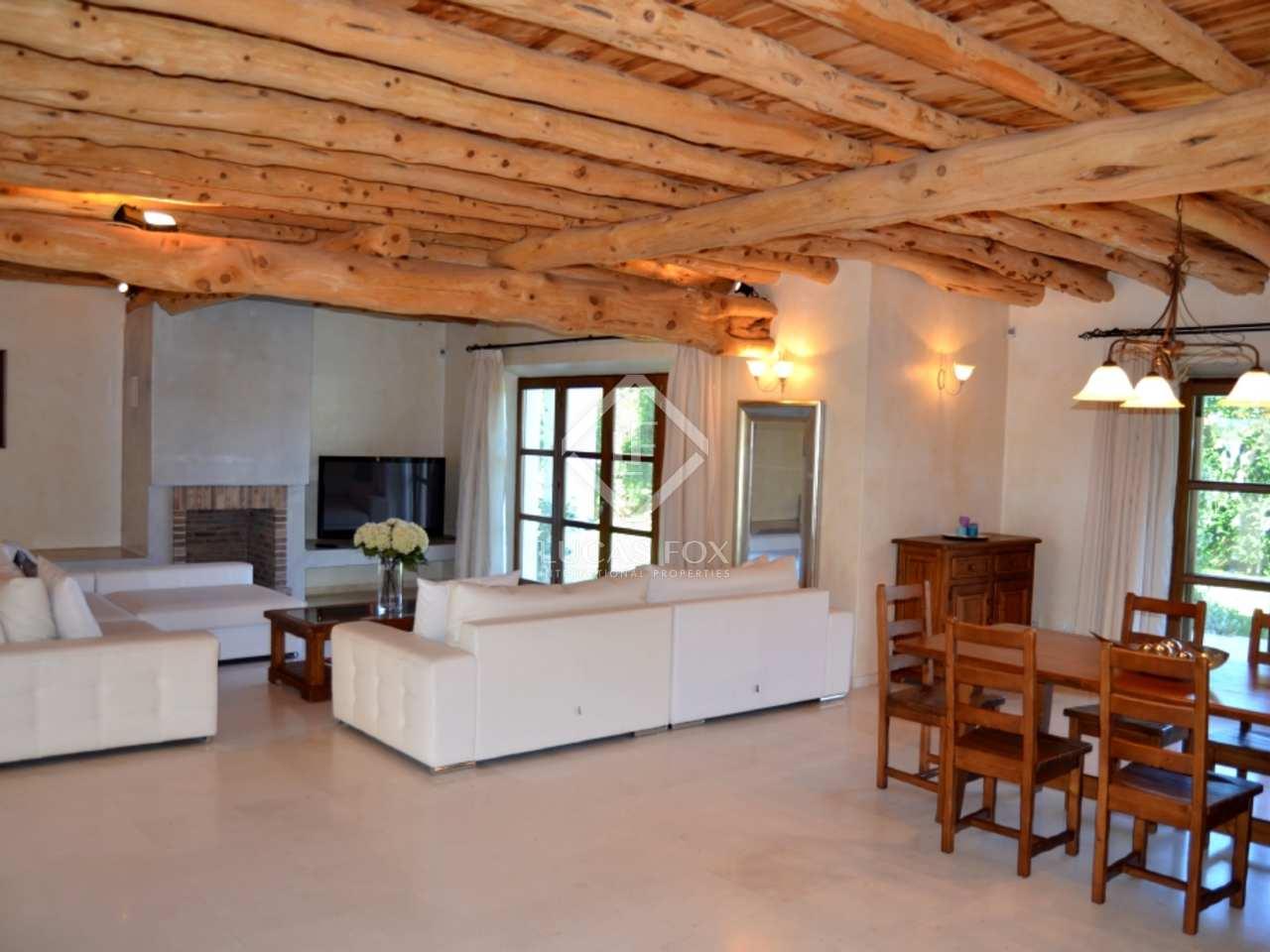 Casa rural moderna en venta cerca de santa eulalia ibiza for Casa rural moderna