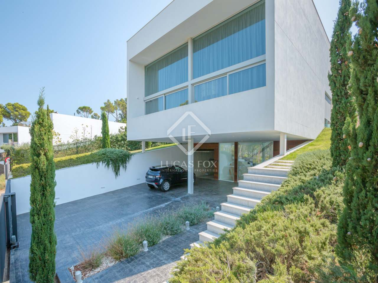 Villa moderna en venta en sant antoni de calonge for Villa moderna