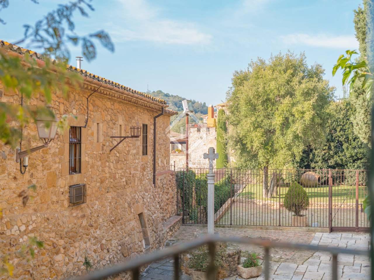 421m haus villa zum verkauf in baix emporda girona for Verkauf haus