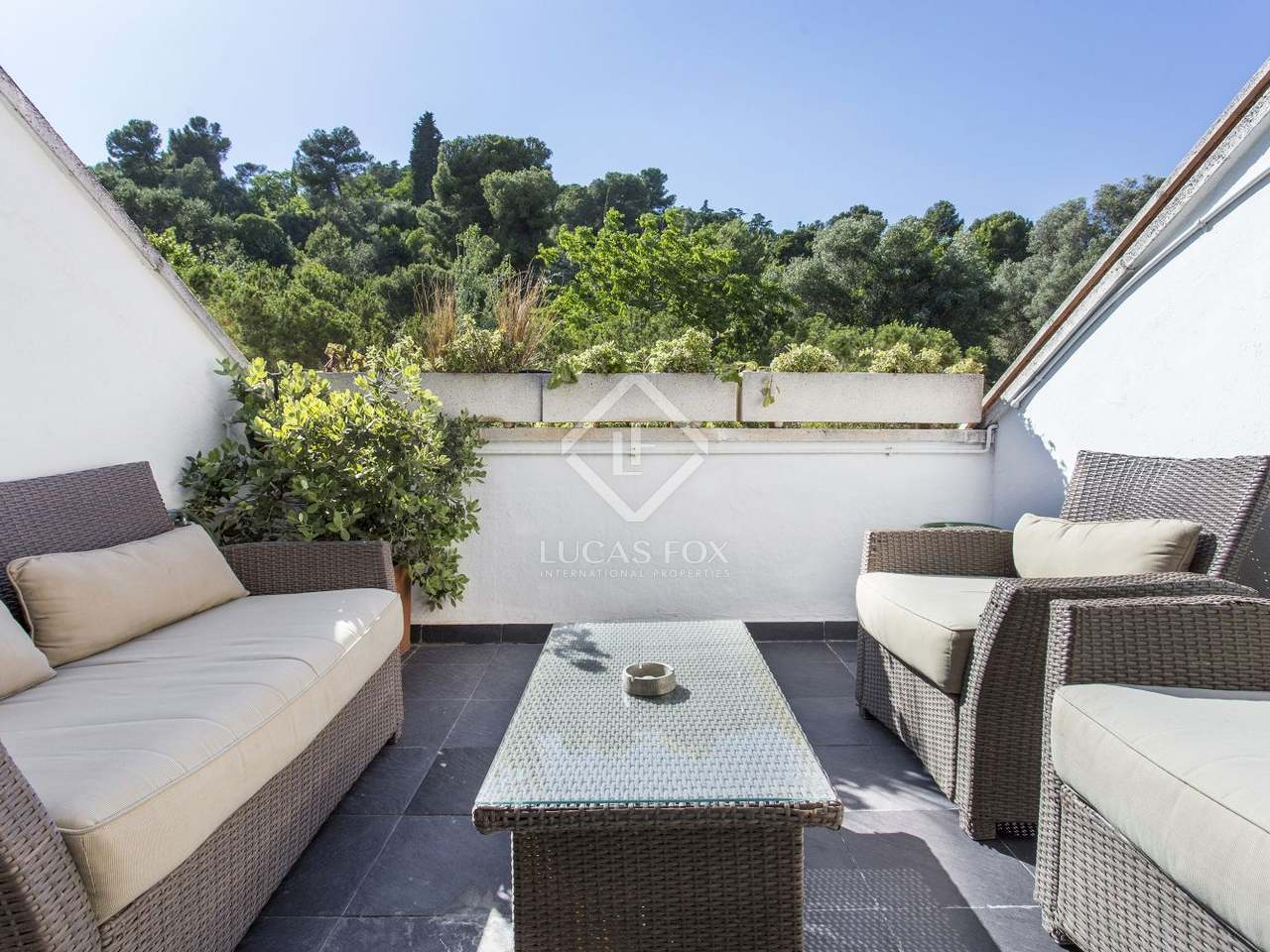 210m haus villa mit 10m terrasse zum verkauf in el putxet. Black Bedroom Furniture Sets. Home Design Ideas