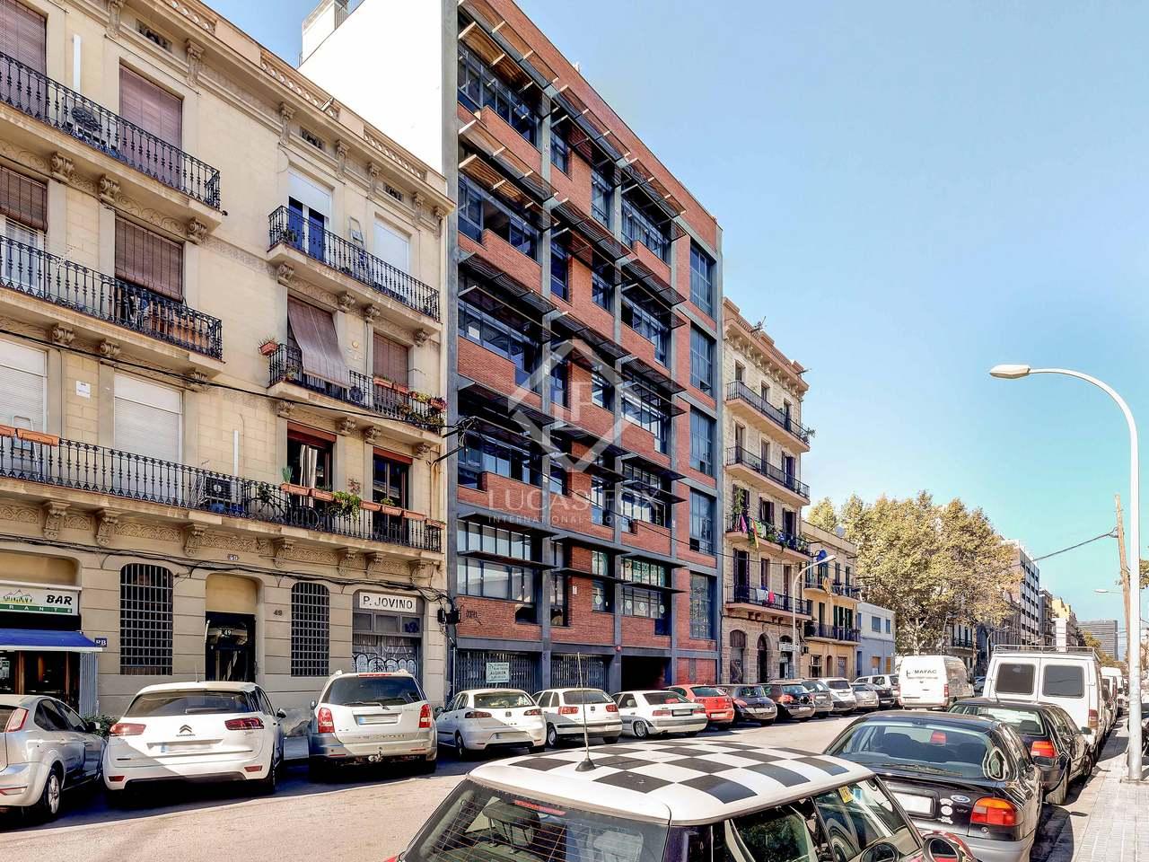 Loft de 80m a vendre poblenou barcelone for Piscine w barcelone
