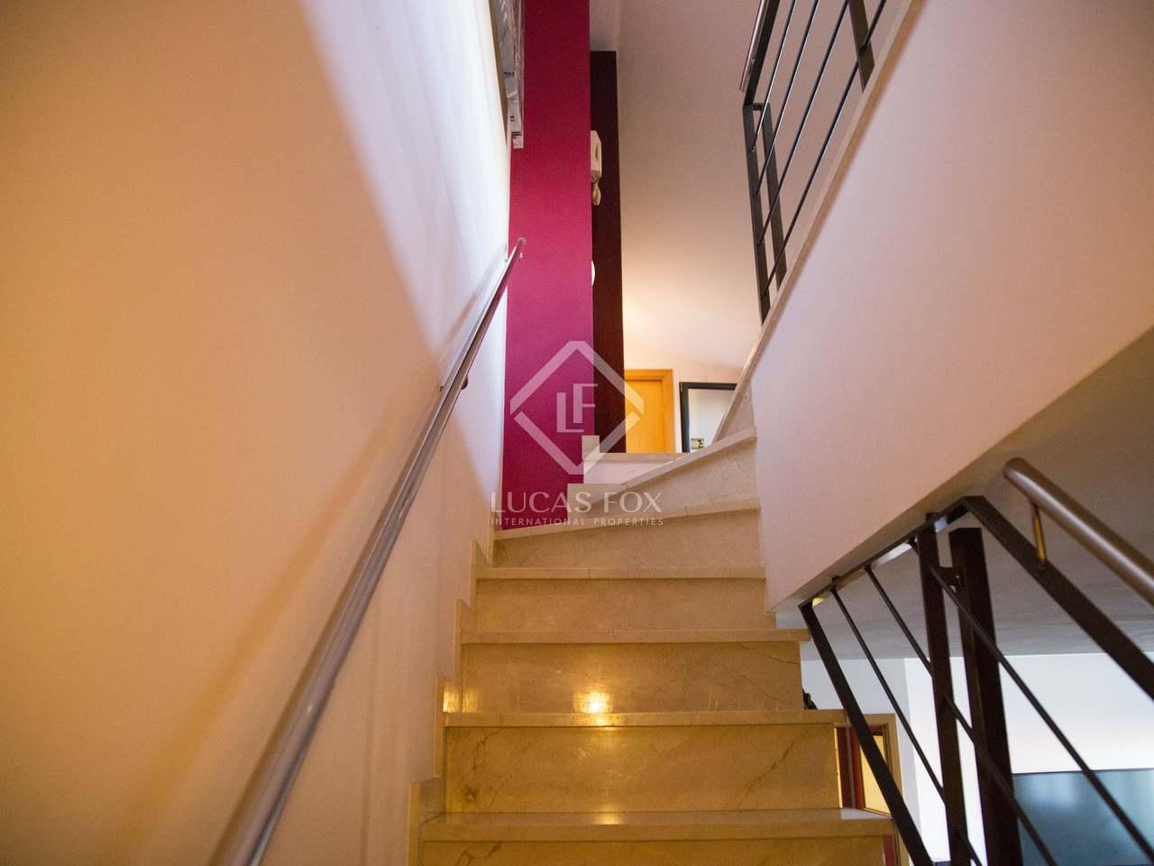 Piso de 156 m con terraza en venta en castelldefels for Compartir piso castelldefels