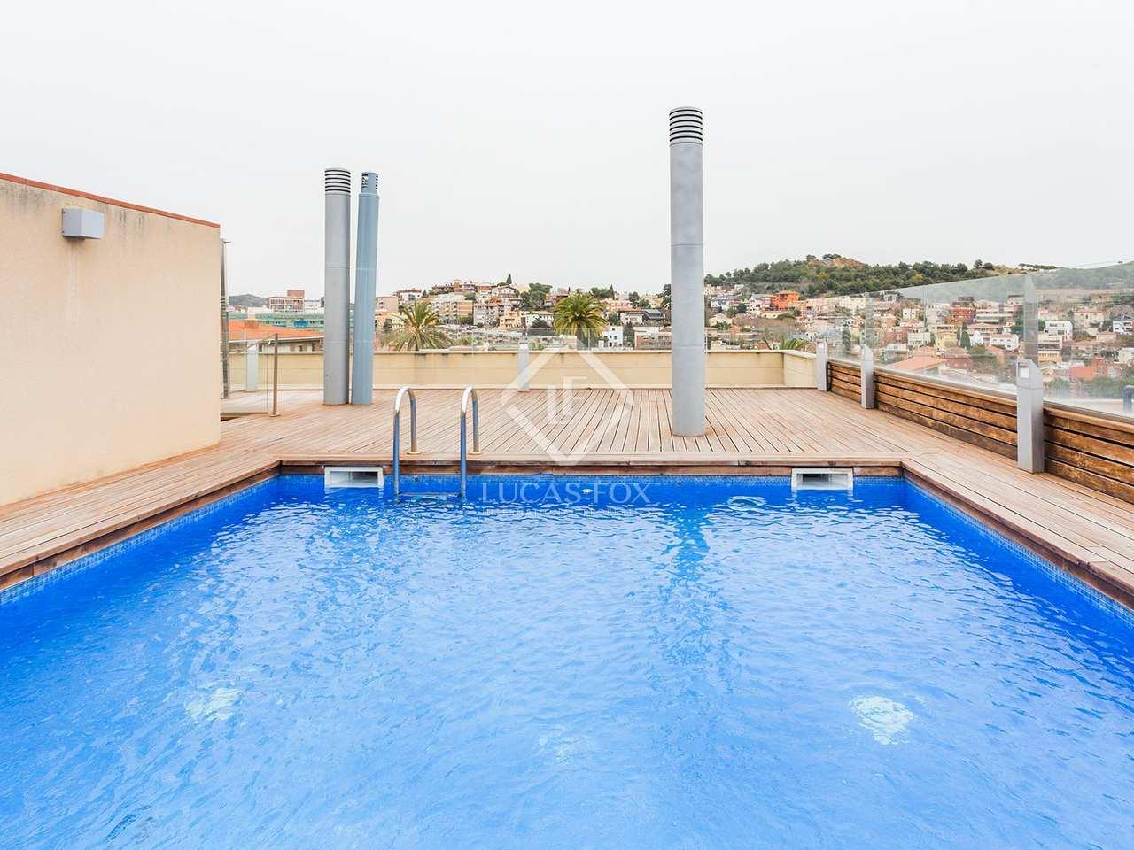 Appartement de 102m a vendre gr cia avec 7m terrasse for Piscine w barcelone