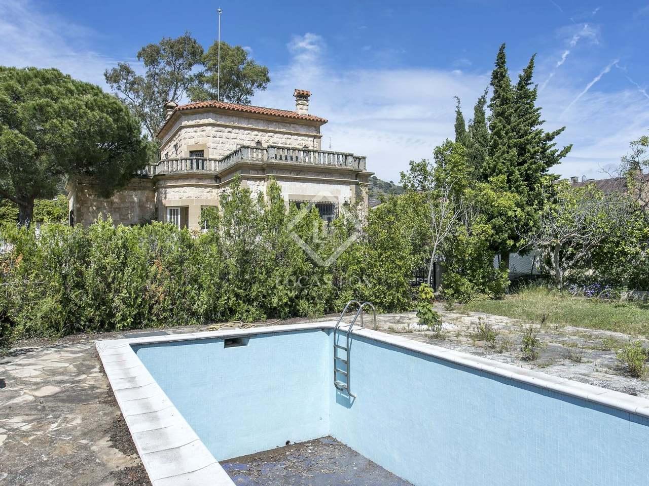 maison villa de 312m a vendre esplugues barcelone. Black Bedroom Furniture Sets. Home Design Ideas