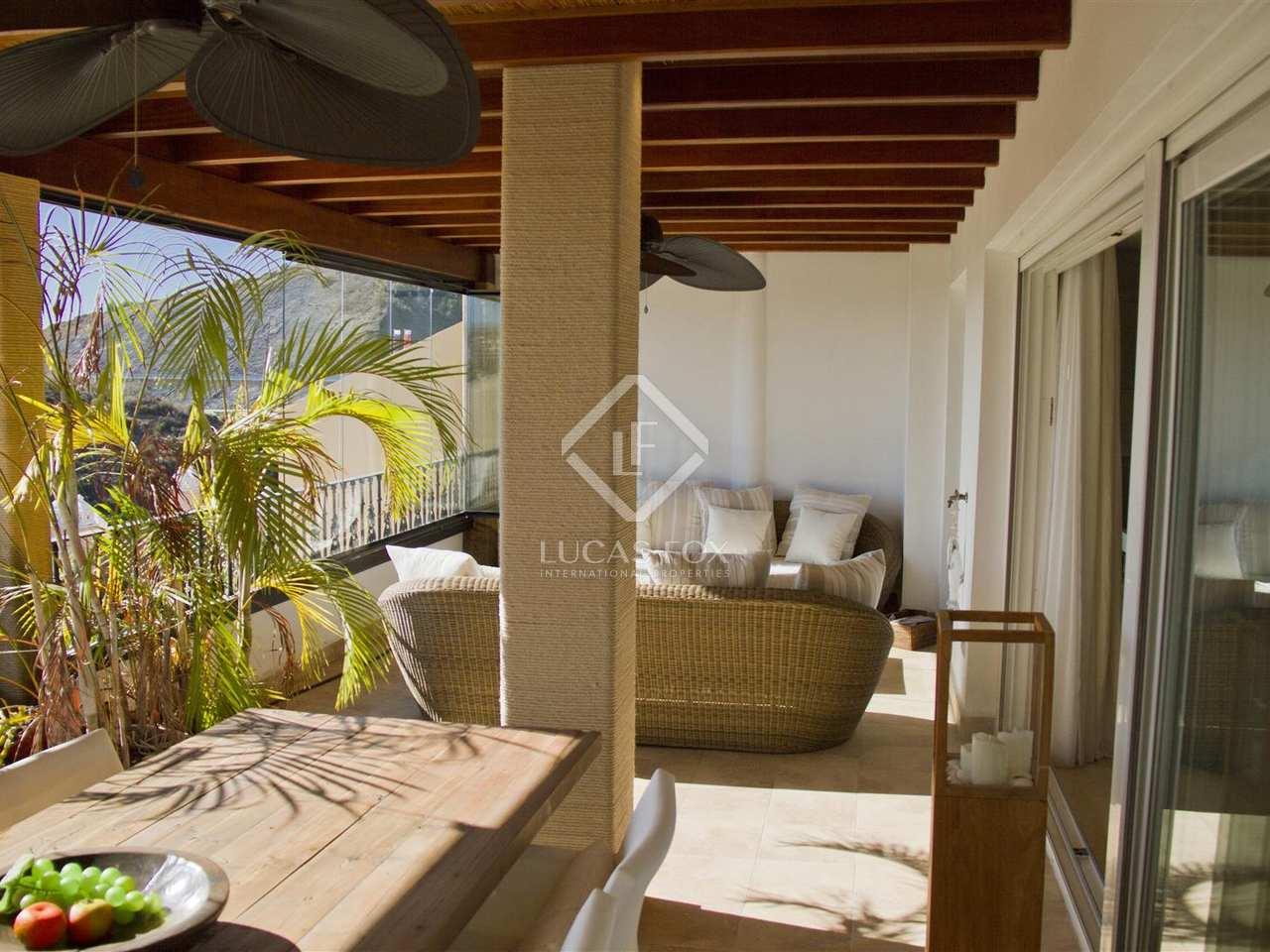 Tico de 169 m con terraza en venta en nueva andaluc a for Terrazas 1280 a