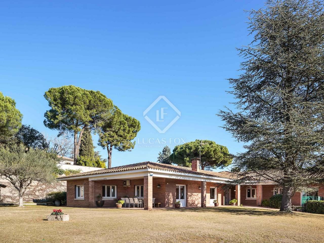 maison villa de 589m a vendre sant cugat barcelone. Black Bedroom Furniture Sets. Home Design Ideas