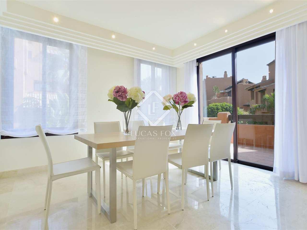 Tico de 315m con terrazas en venta en nueva andaluc a for Terrazas 1280 a