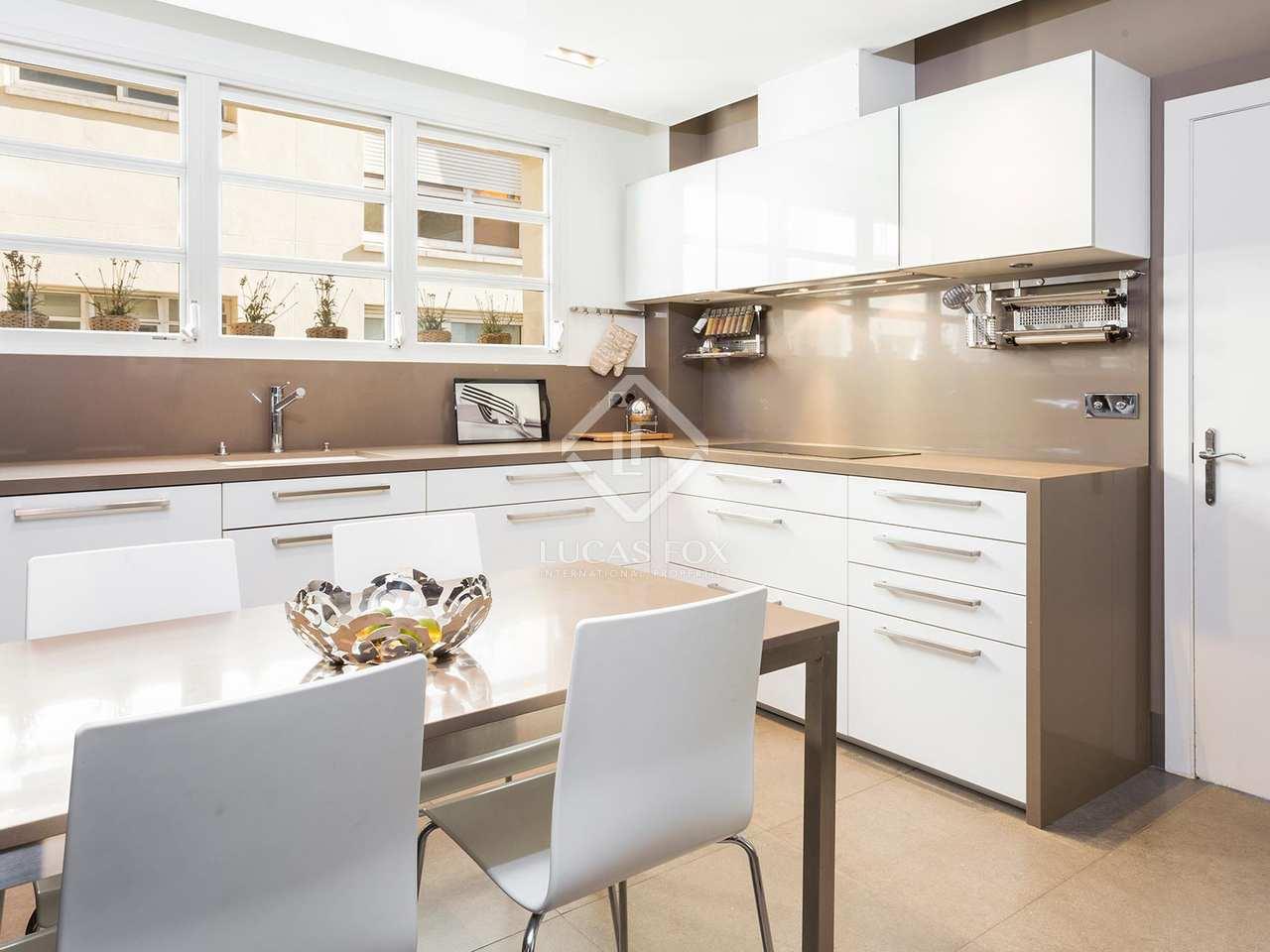 Maravilloso apartamento reformado con terraza en la zona - Zona alta barcelona ...