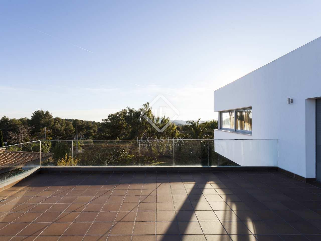 241m haus villa mit 50m terrasse zum verkauf in olivella. Black Bedroom Furniture Sets. Home Design Ideas
