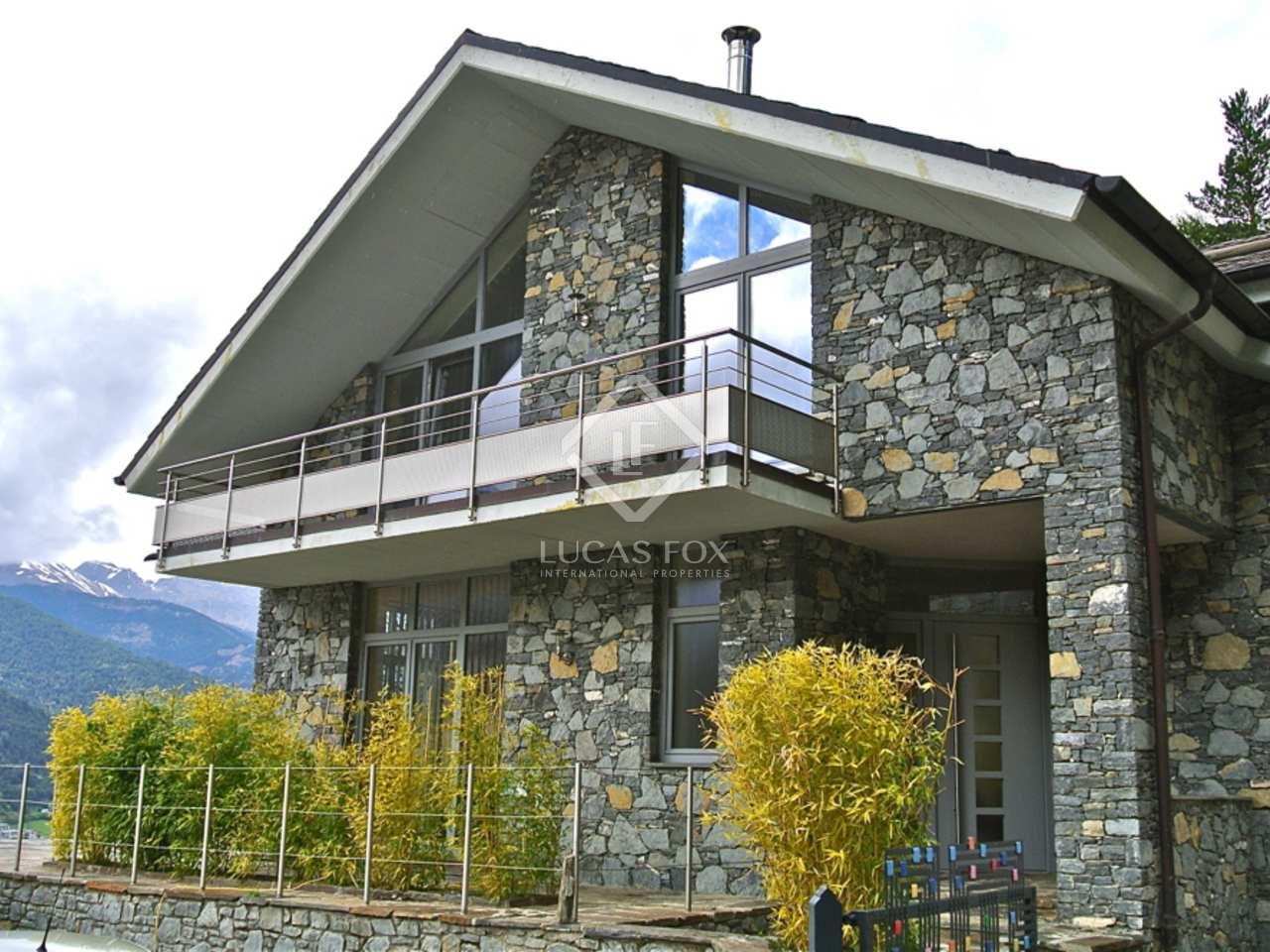 280m haus villa mit 200m terrasse zum verkauf in la massana. Black Bedroom Furniture Sets. Home Design Ideas