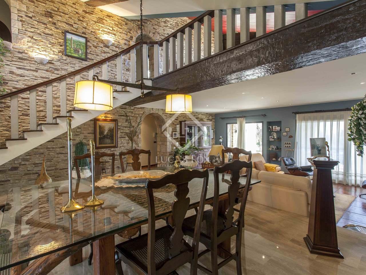 Villa de 603 m con 400 m de jard n en alquiler en puzol for Alquiler bajo con jardin madrid