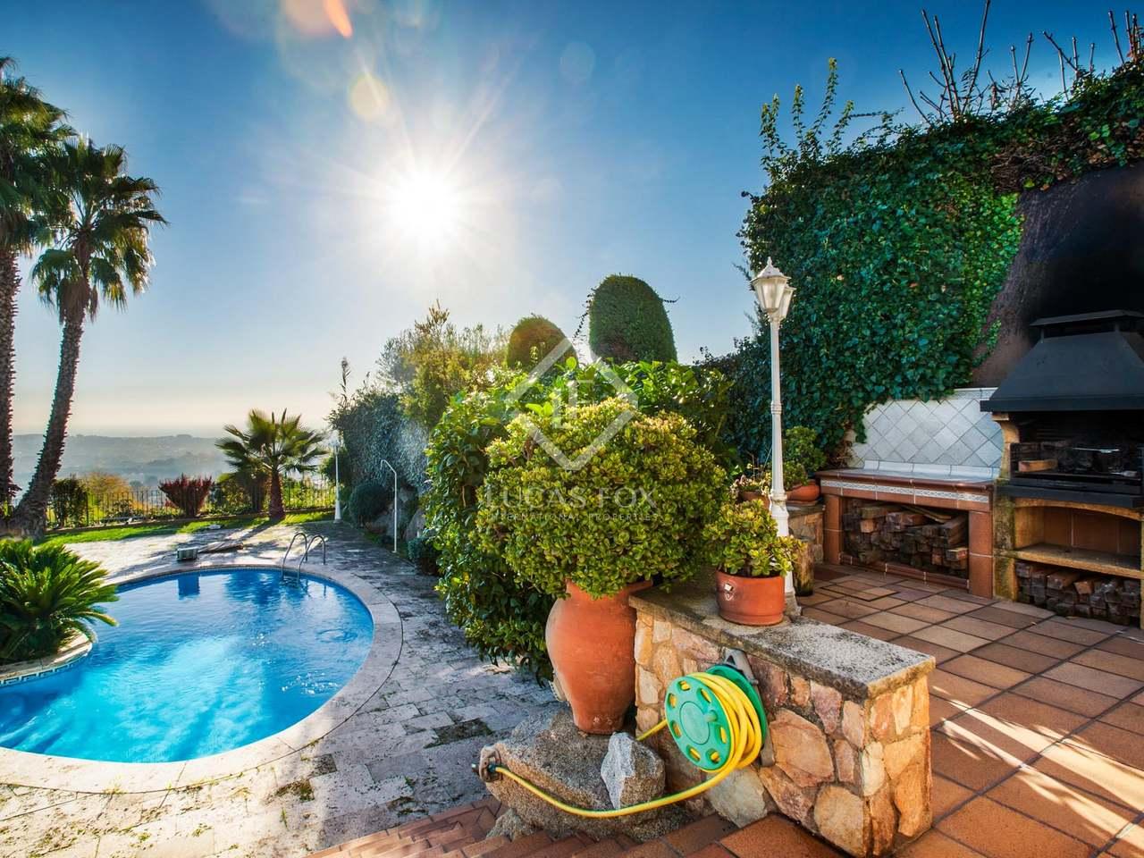 Casa de 5 dormitorios con piscina en venta en argentona Villa jardin donde queda