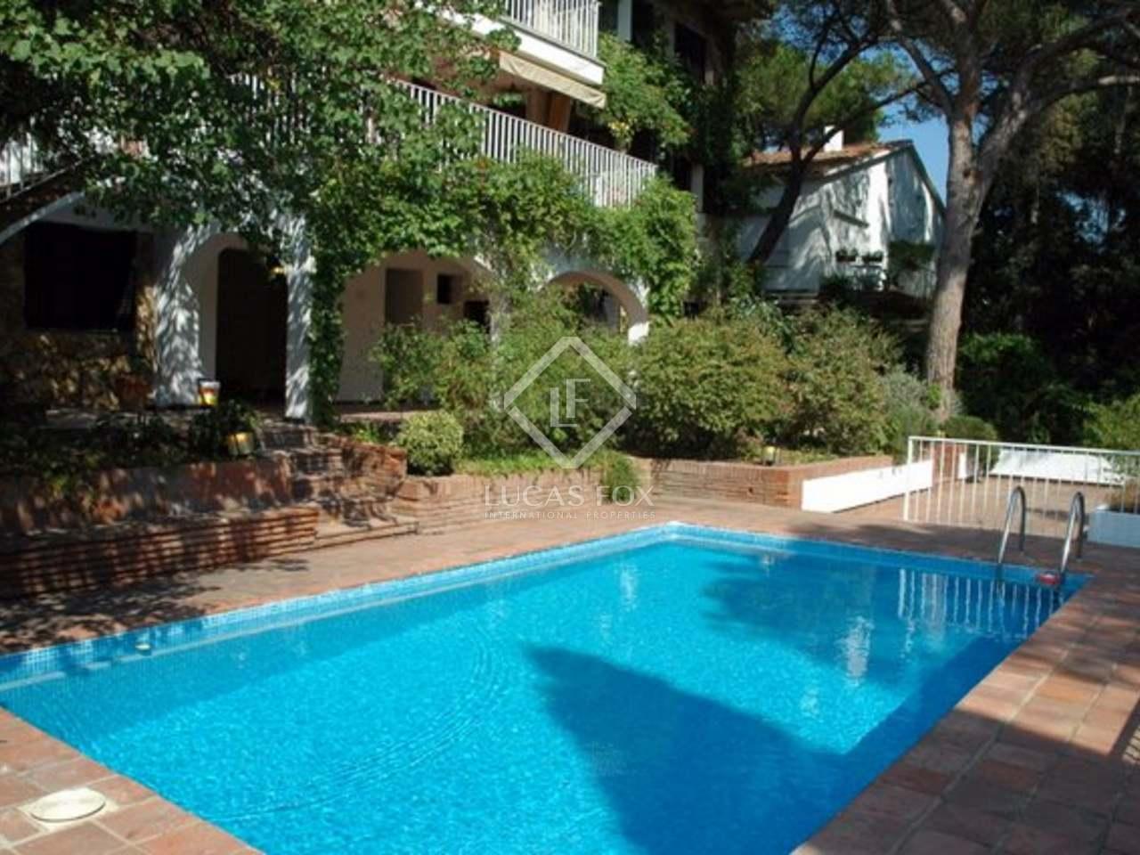 maison villa de 489m a louer sant cugat barcelone. Black Bedroom Furniture Sets. Home Design Ideas