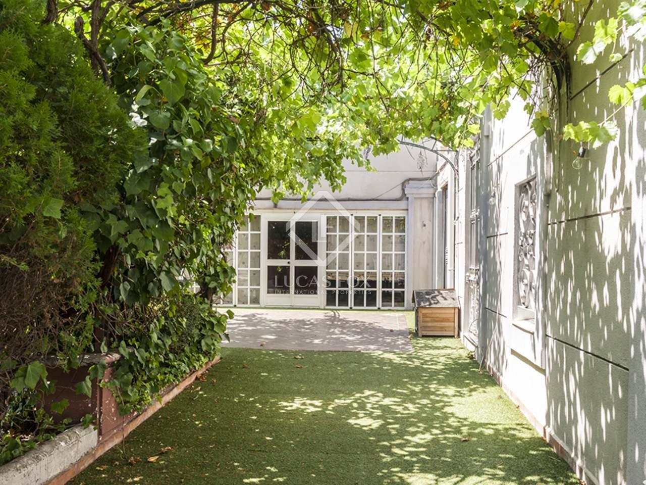 345m haus villa mit 70m garten zum verkauf in el viso. Black Bedroom Furniture Sets. Home Design Ideas