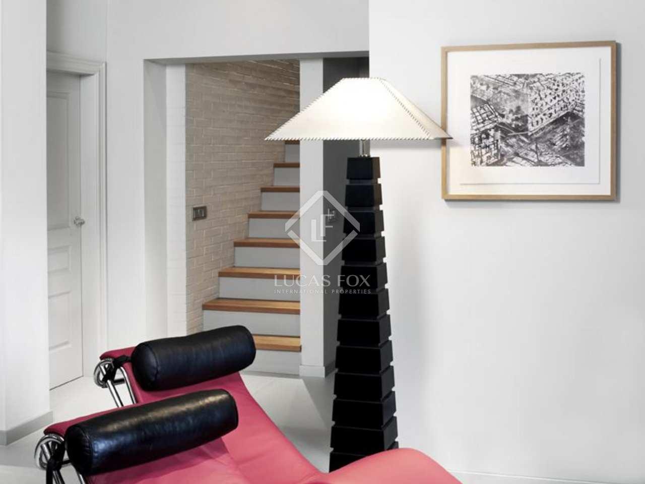 Casa moderna en venta en sant cugat valldoreix for Casa moderna 9 mirote y blancana