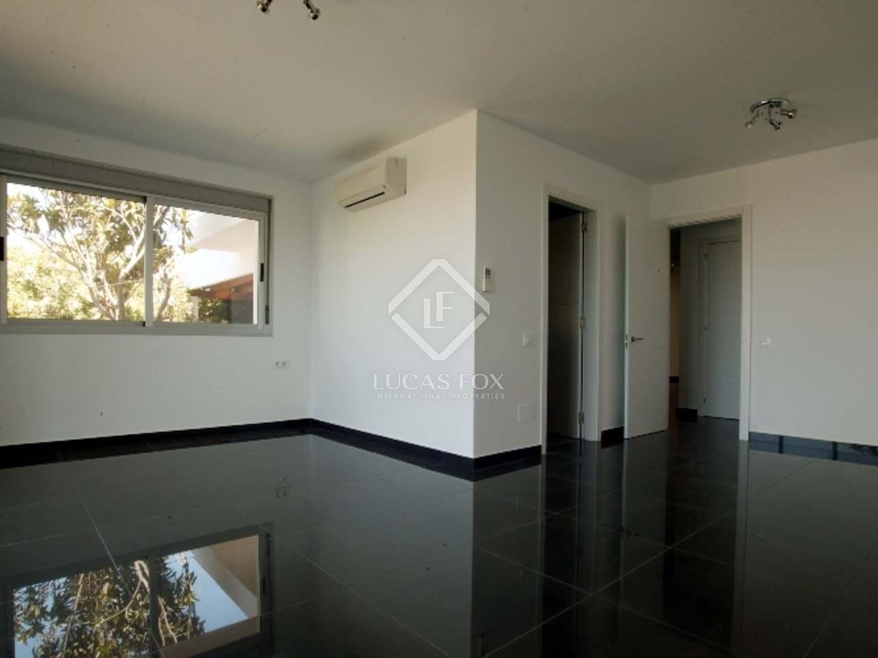 Villa in eigentijdse stijl te koop in nieuw andalusi marbella - Eigentijdse stijl slaapkamer ...