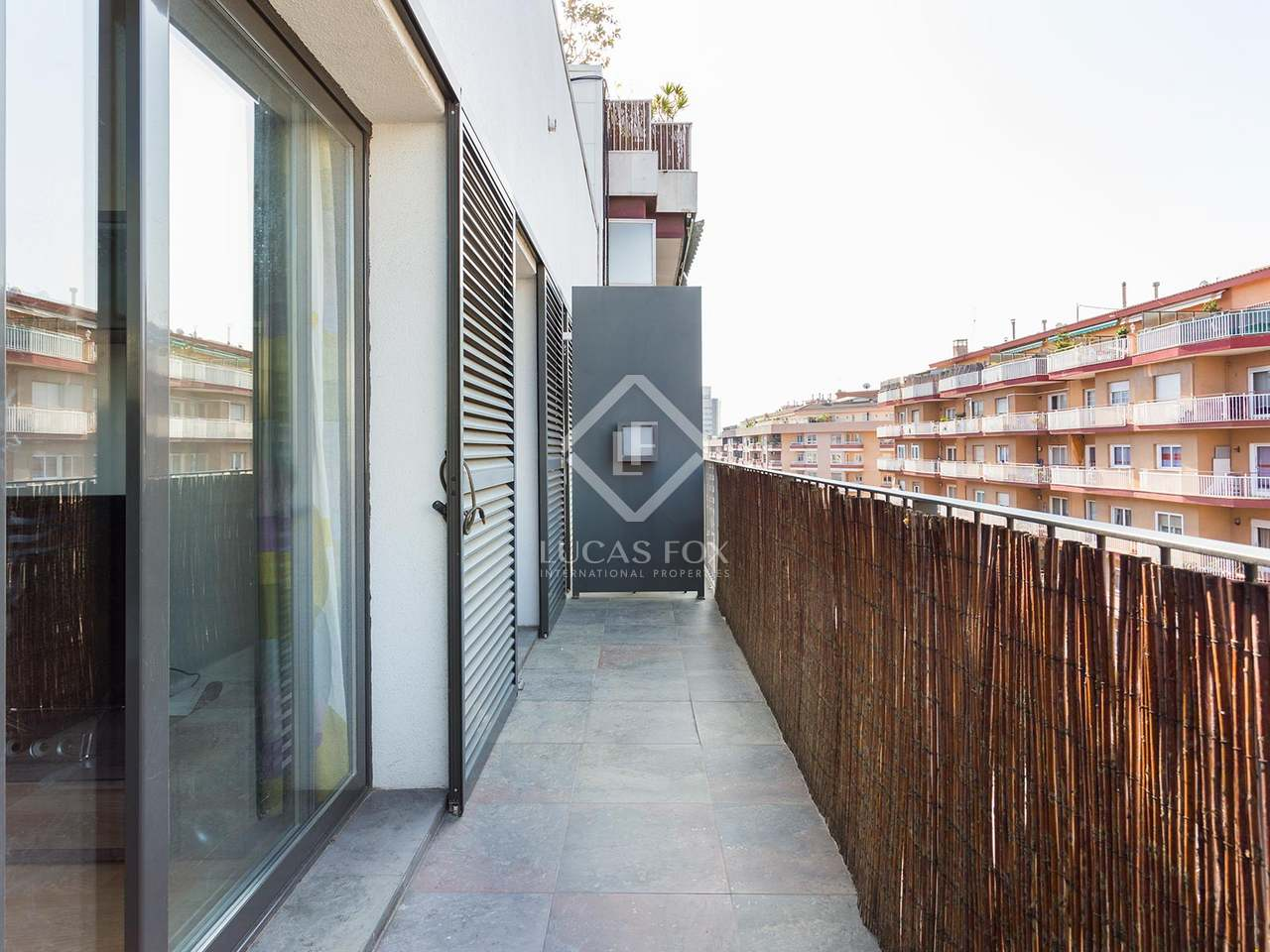 Appartement de 47m a vendre les corts avec 8m terrasse for Appartement piscine barcelone