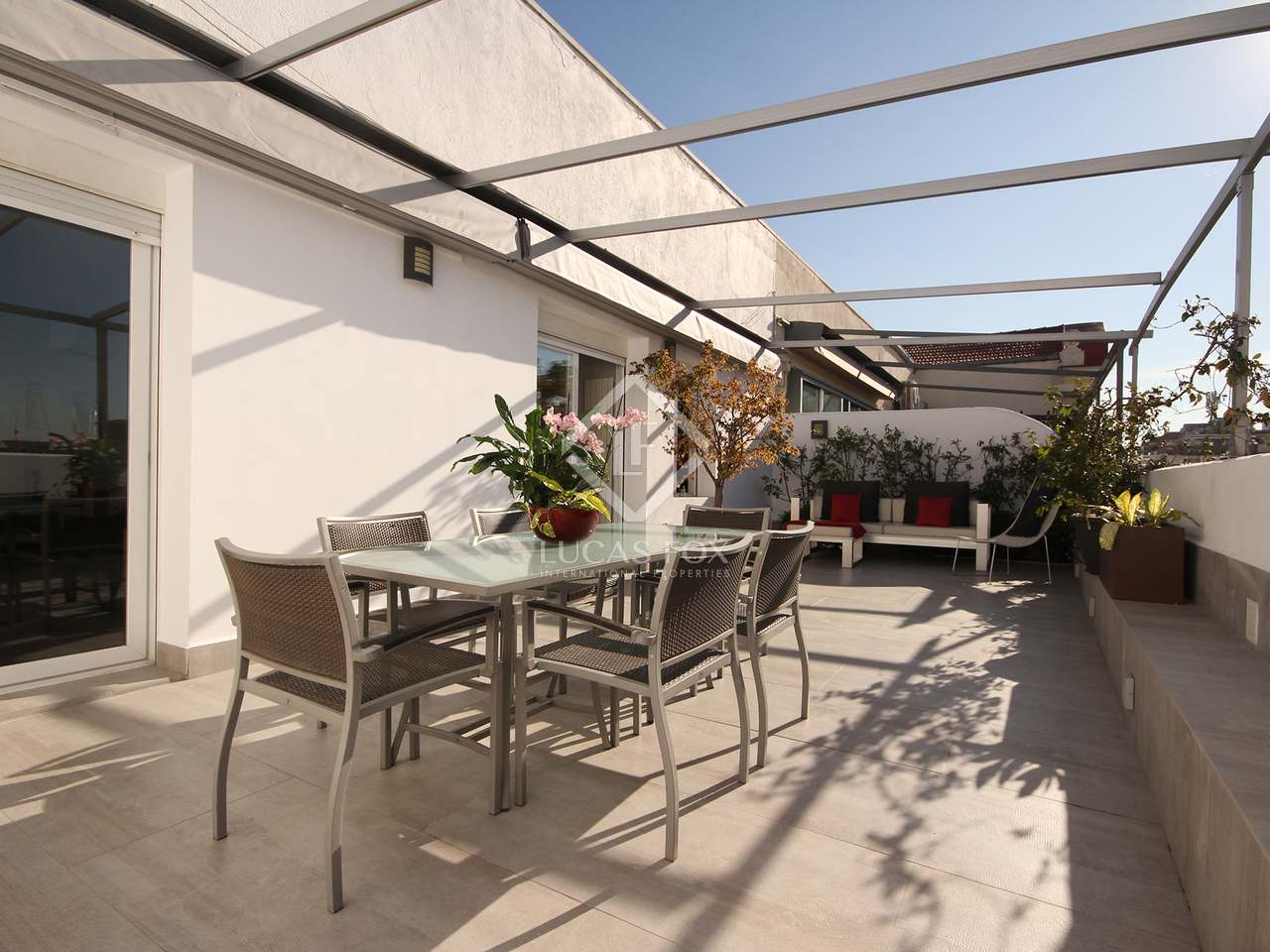 125 m apartment with 45 m terrace for rent in salamanca for 125 the terrace