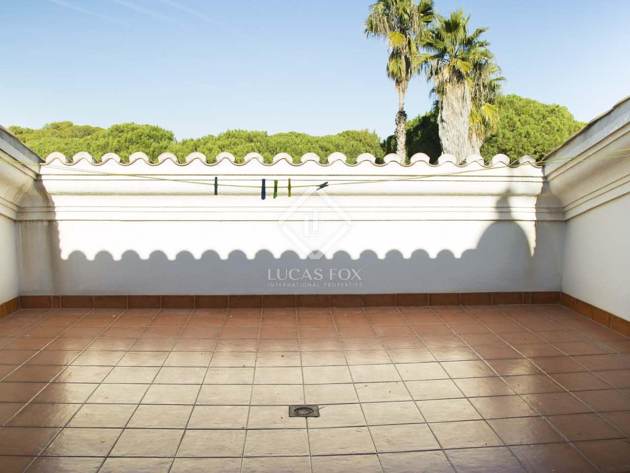 Casa de lujo de 694m con 6 terrazas en venta en gav mar for Piscina gava