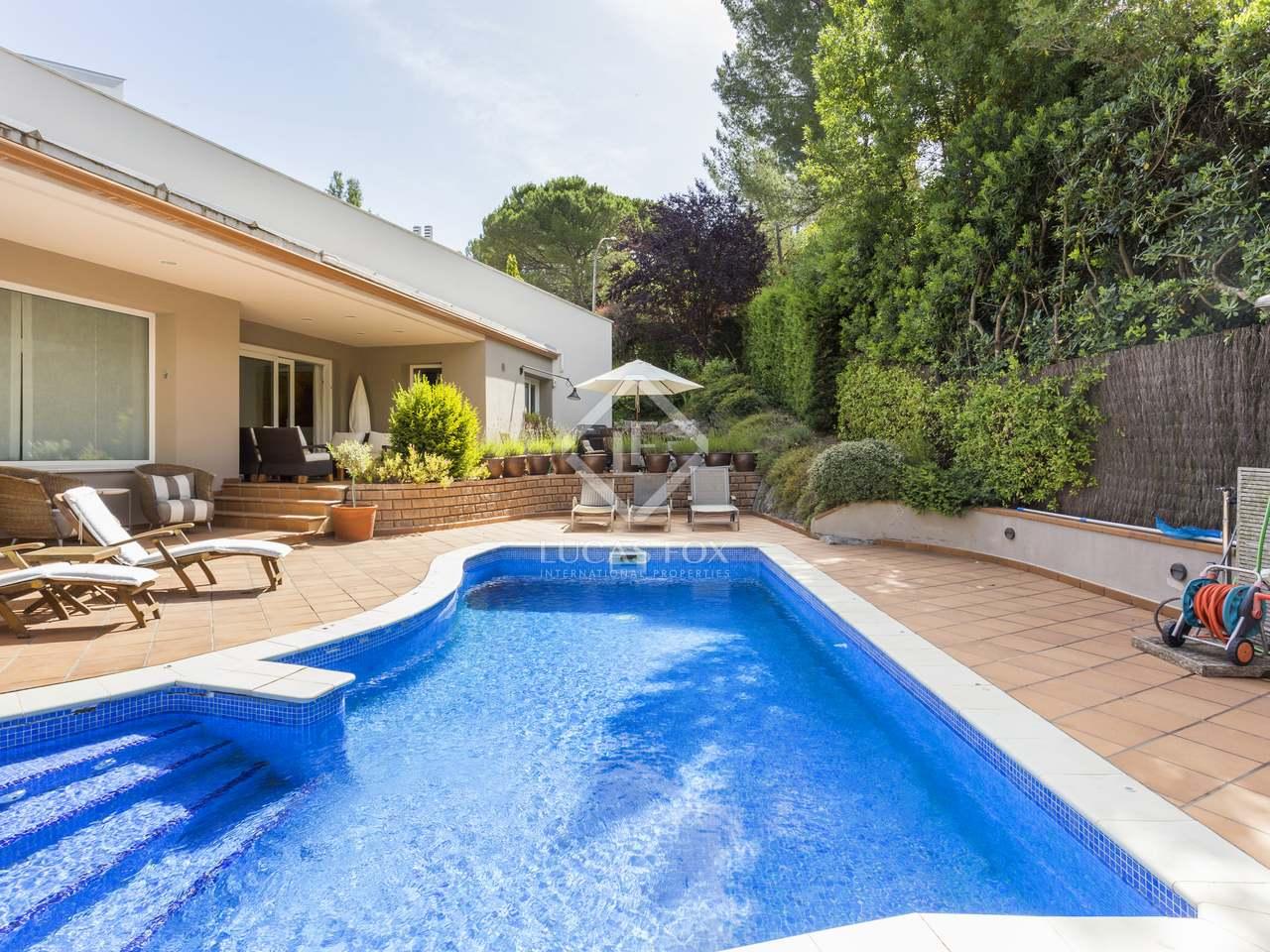 Casa de 434 m en venta en cerdanyola del vall s for Piscina cerdanyola