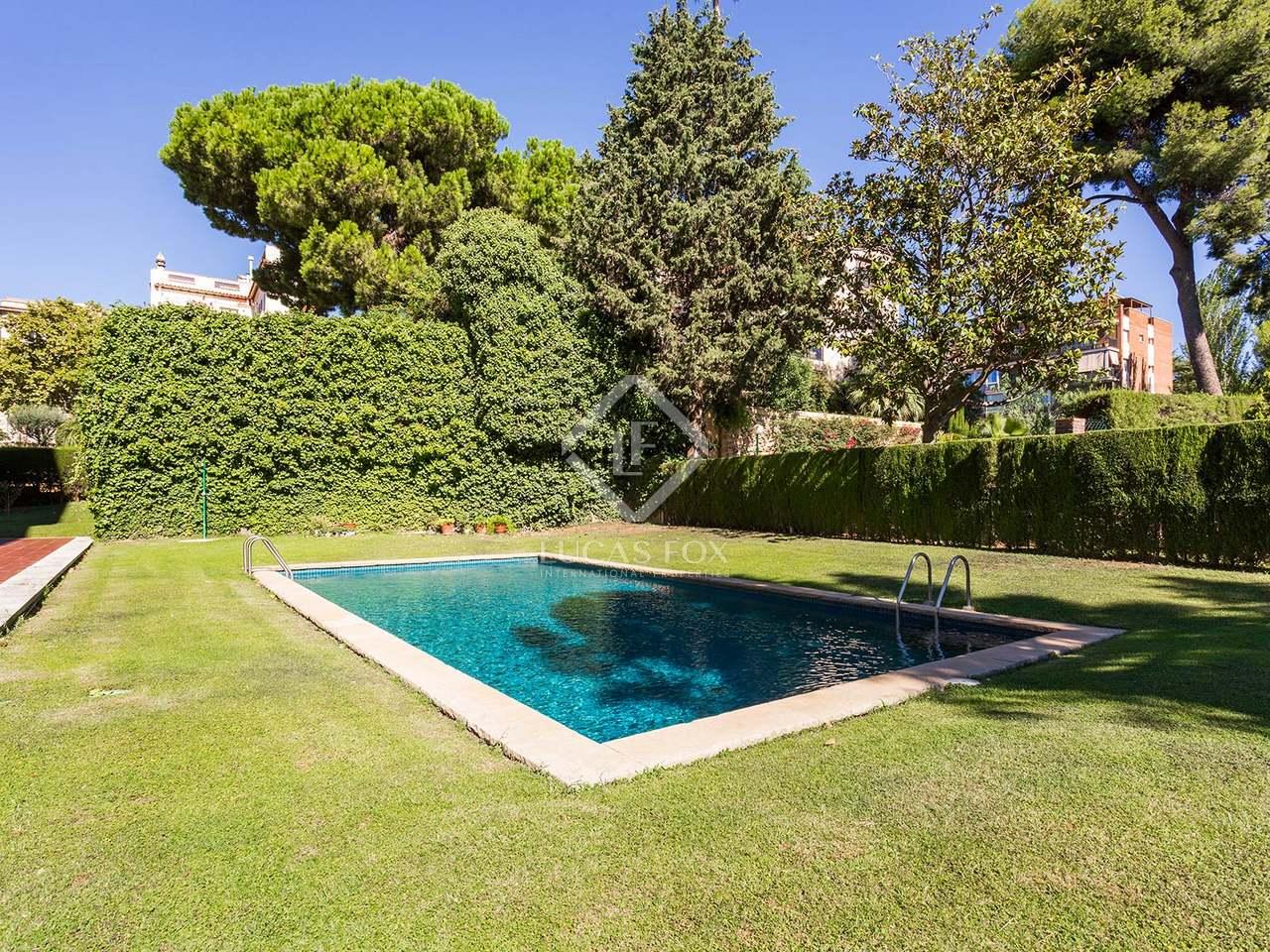 Appartement de 207m a vendre pedralbes avec 20m terrasse for Appartement barcelone piscine