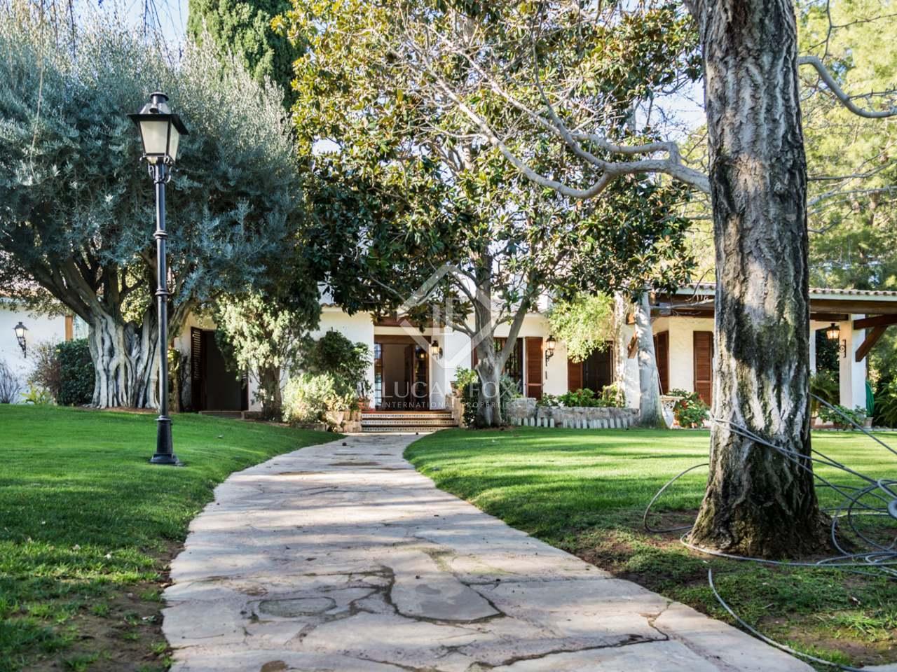 Maison villa de 690m a vendre godella rocafort avec for Jardin anglais caracteristiques