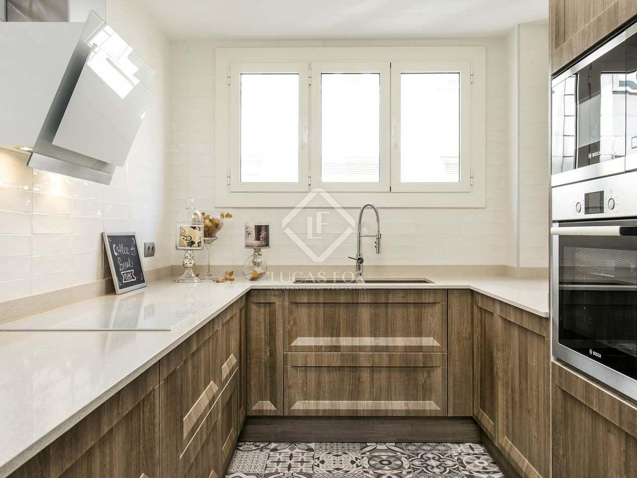 130m wohnung mit 8m terrasse zum verkauf in sant gervasi. Black Bedroom Furniture Sets. Home Design Ideas