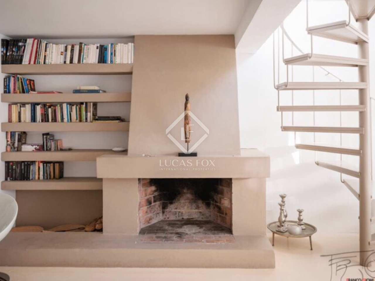 Casa adosada moderna en venta en roca llisa ibiza - Chimeneas santaeulalia ...