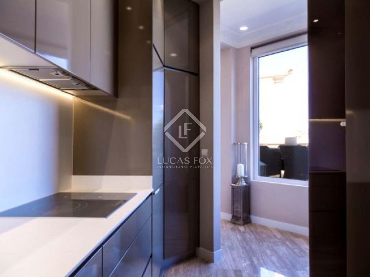 appartement terrasse en vente dans le quartier de l 39 eixample de valence. Black Bedroom Furniture Sets. Home Design Ideas