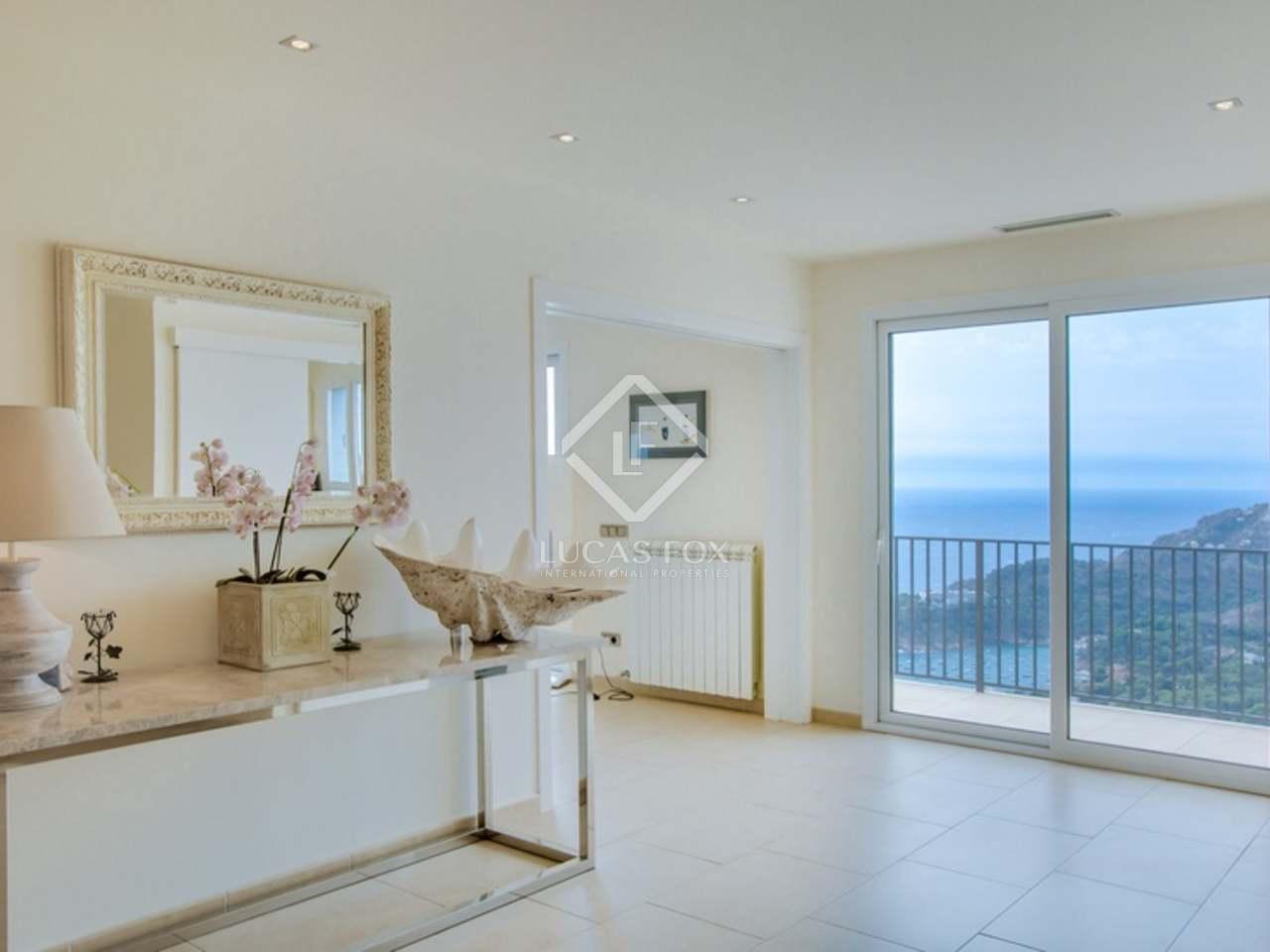 Villa de luxe en vente aiguablava dans la costa brava for Vente privee chambre a coucher