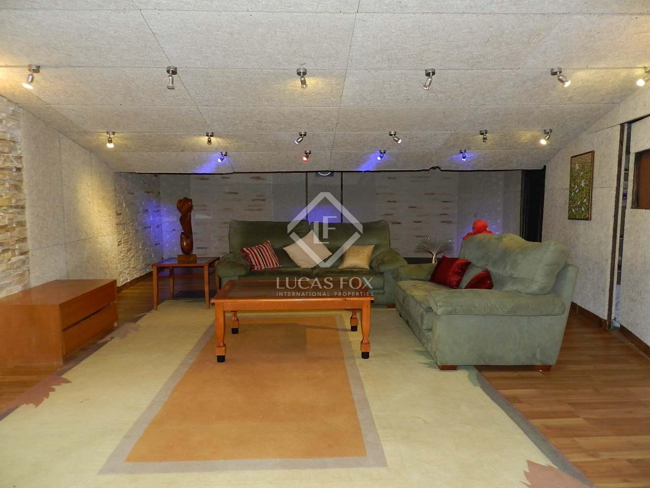 Entertainment room - 5 bed luxury villa Hacienda las Chapas, Marbella