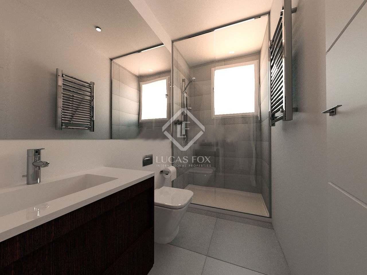 55m apartment for sale in retiro madrid for Bathrooms in retiro park